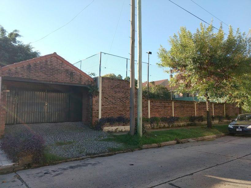 Foto Terreno en Venta en  Olivos,  Vicente Lopez  moreno al 3300