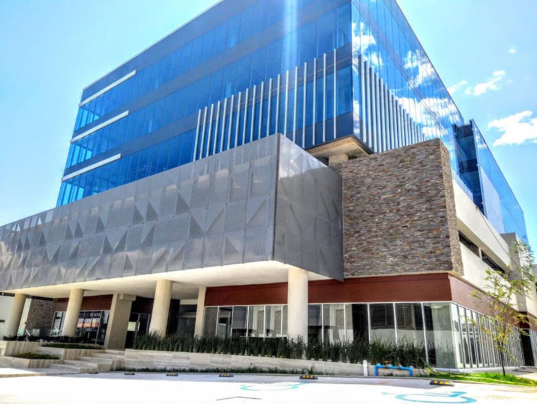 Foto Local en Renta en  San Luis Potosí ,  San luis Potosí  LOCALES COMERCIALES EN RENTA EN EDIFICIO VÉRTICE, AL LADO DE MAZDA, SAN LUIS POTOSÍ