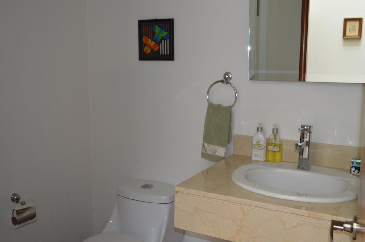 Foto Casa en Venta en  Los Robles,  Zapopan  Angel Leaño 555 26 Los Robles, Zapopan, Jalisco