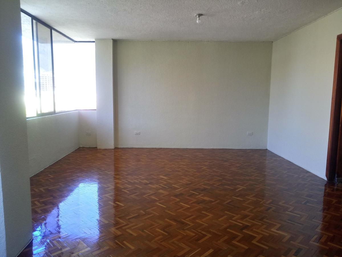 Foto Oficina en Alquiler en  El Batán,  Quito          Oficina de Arriendo 200m2 / $600 más IVA