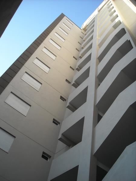 Foto Departamento en Venta en  Lanús Oeste,  Lanús  VELEZ SARFIELD al 2800