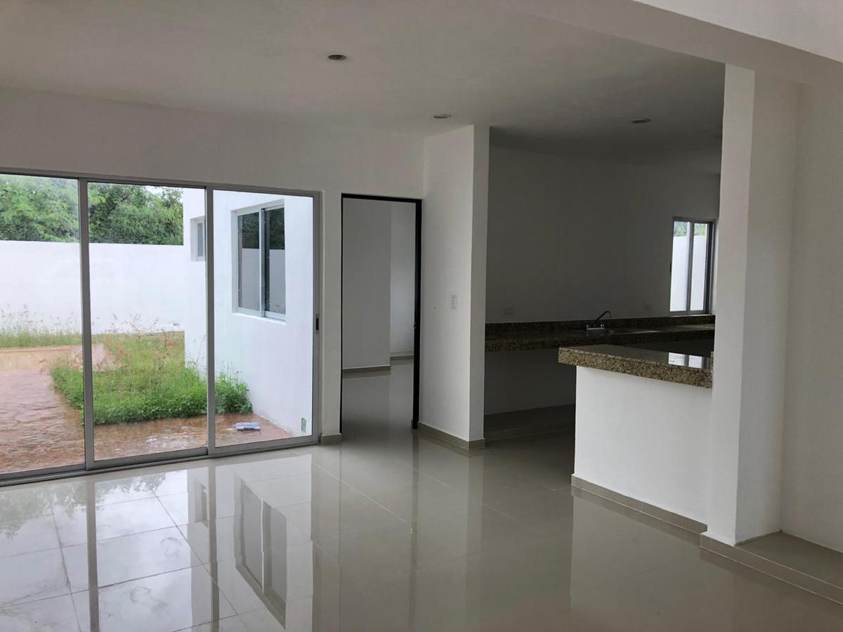 Foto Casa en Venta en  Conkal ,  Yucatán  CASA DE OPORTUNIDAD EN PRADERAS DEL MAYAB