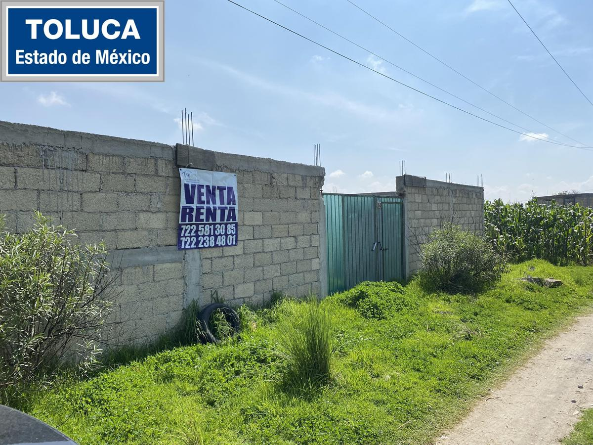 Foto Terreno en Venta en  Toluca ,  Edo. de México  Terreno en VENTA en Capultitlán, Estado de México