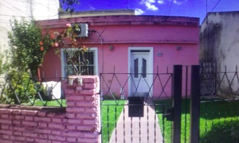 Foto Casa en Venta |  en  Virreyes,  San Fernando  Leandro N Alem al 2100