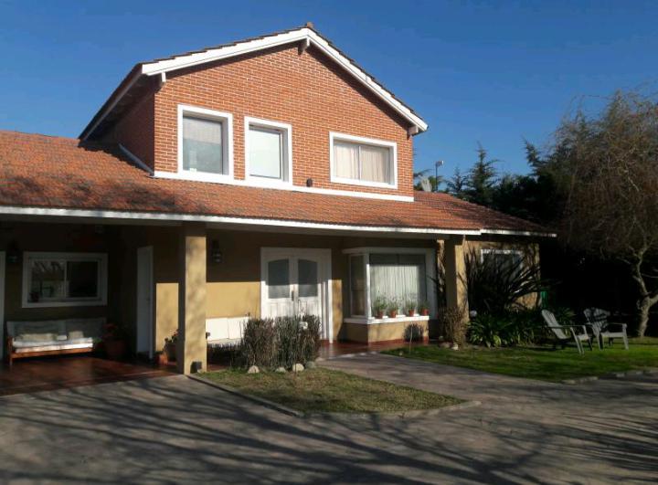 Foto Casa en Venta en  La Plata ,  G.B.A. Zona Sur  Haras del Sur I Ruta 2 Km 69