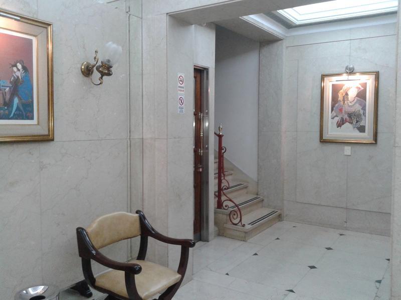 Foto Oficina en Alquiler en  Microcentro,  Centro (Capital Federal)  Reconquista 500 4°