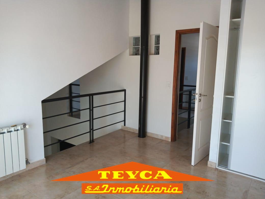 Foto Casa en Venta en  Nayades I,  Pinamar  Delfos esq. Cronos