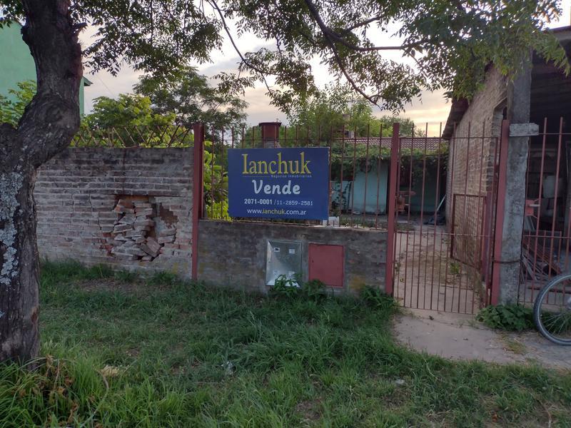 Foto Casa en Venta en  Carlos Spegazzini,  Ezeiza  Magallanes N° 964, Carlos Spegazzini, EZEIZA