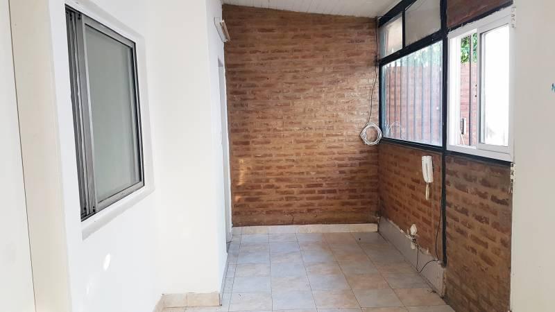 Foto Departamento en Alquiler en  Belen De Escobar,  Escobar  HIPOLITO YRIGOYEN 223