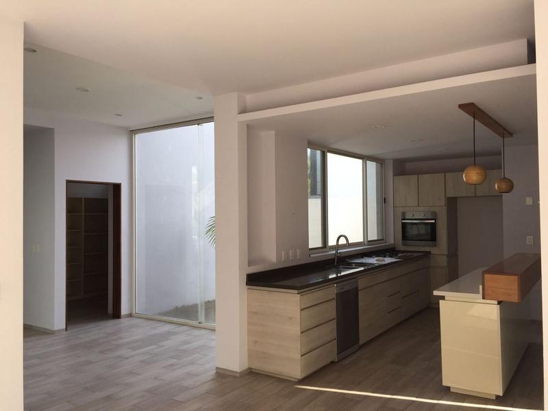 Foto Casa en condominio en Renta en  San Lorenzo,  Celaya   RENTA CASA SAN PATRICIO CELAYA GTO.