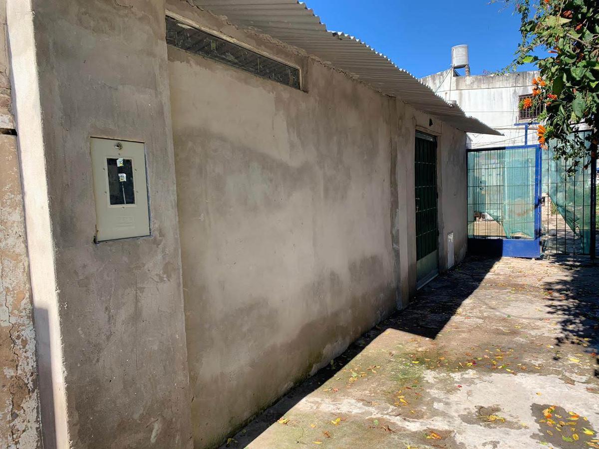 Foto Casa en Venta en  Ludueña,  Rosario  Gorriti al 2000