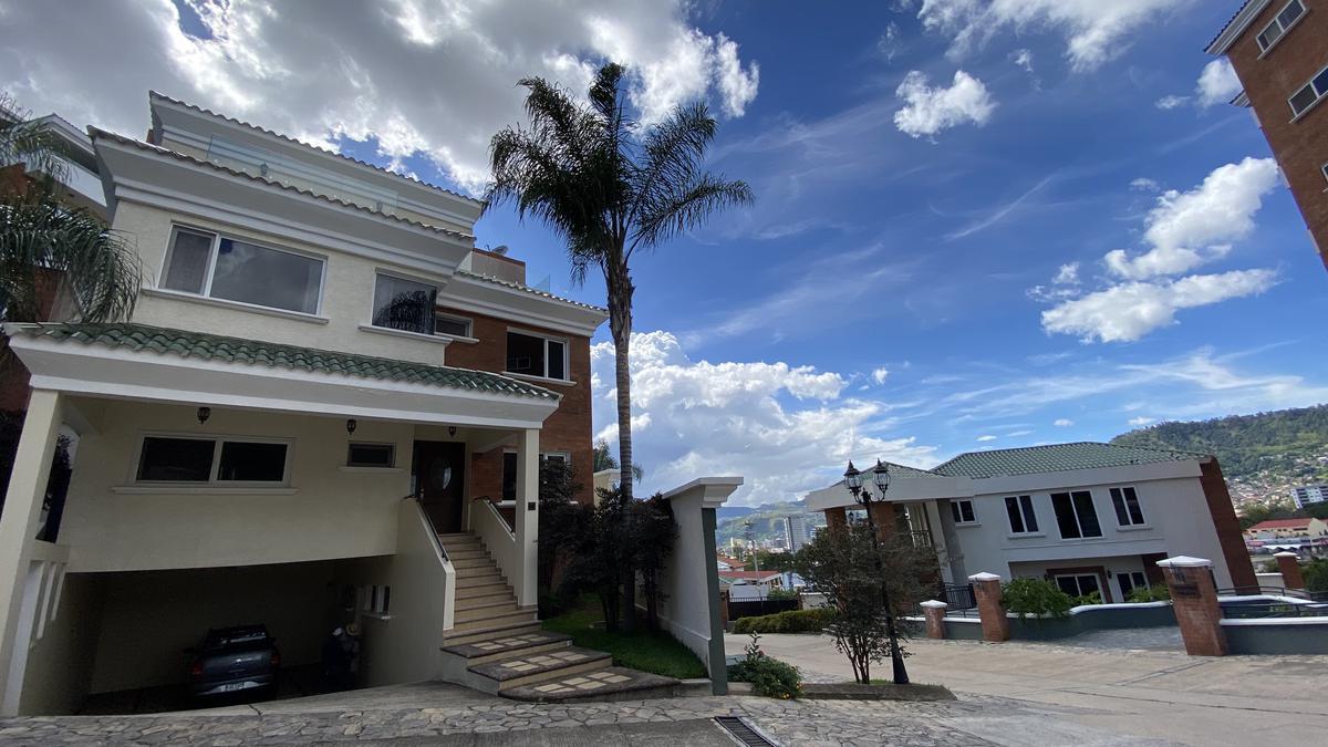 Foto Casa en condominio en Renta en  Lomas del Guijarro,  Tegucigalpa  Casa de 4 hab en  LAS MARIAS, Lomas del Guijarro, Tegucigalpa