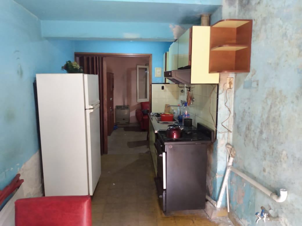Foto Casa en Venta en  Ludueña,  Rosario  TUCUMAN 5728