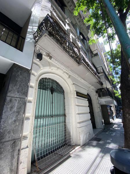 Foto Edificio Comercial en Venta | Alquiler en  Recoleta ,  Capital Federal  Arenales al 1700