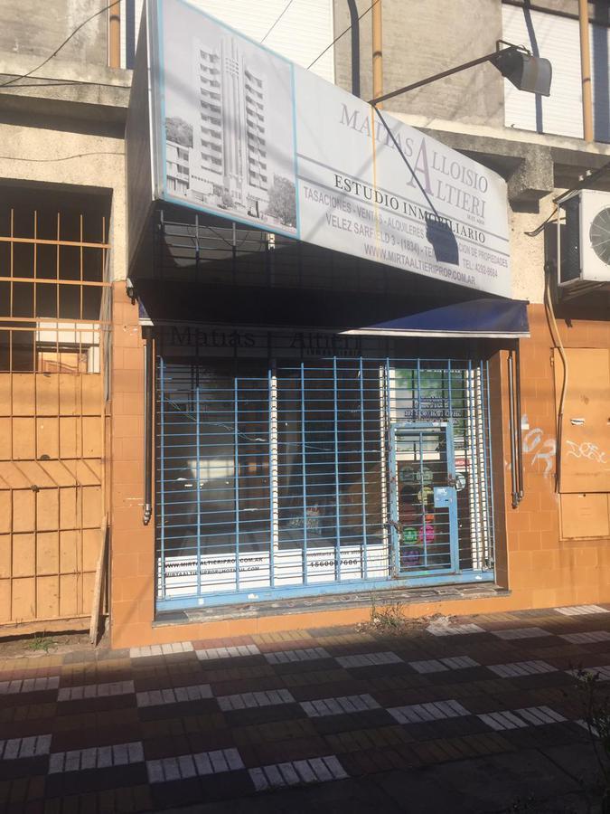 Foto Local en Alquiler en  V.Galicia,  Temperley  VÉLEZ SARSFIELD 3