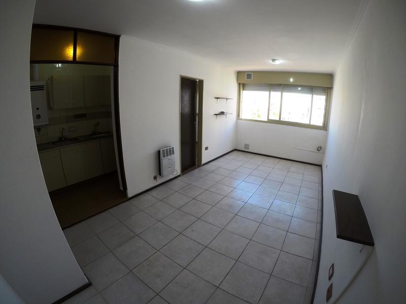 Foto Departamento en Alquiler en  Zona Centro,  Rosario  España al 1100