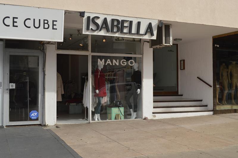 Foto Local en Alquiler en  Península,  Punta del Este  Calle 28