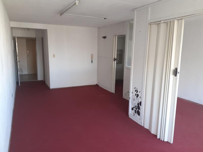 Foto Departamento en Venta en  Centro (Montevideo),  Montevideo  Apartamento luminoso en pleno Centro ideal para renta