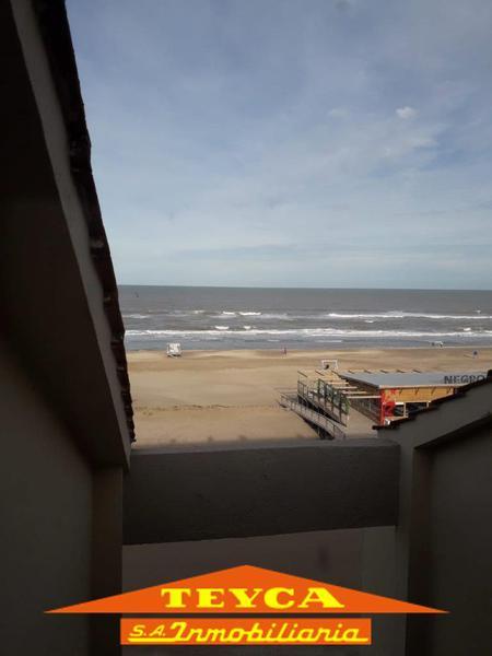 Foto Departamento en Alquiler temporario en  Pinamar ,  Costa Atlantica  Av del mar 225