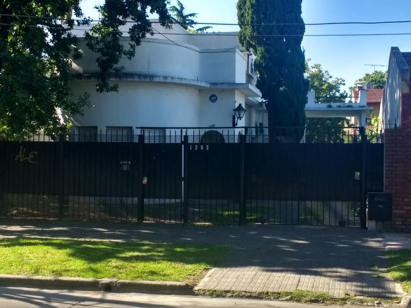 Foto Casa en Venta en  Ituzaingó Sur,  Ituzaingó  Gelpi al 1200