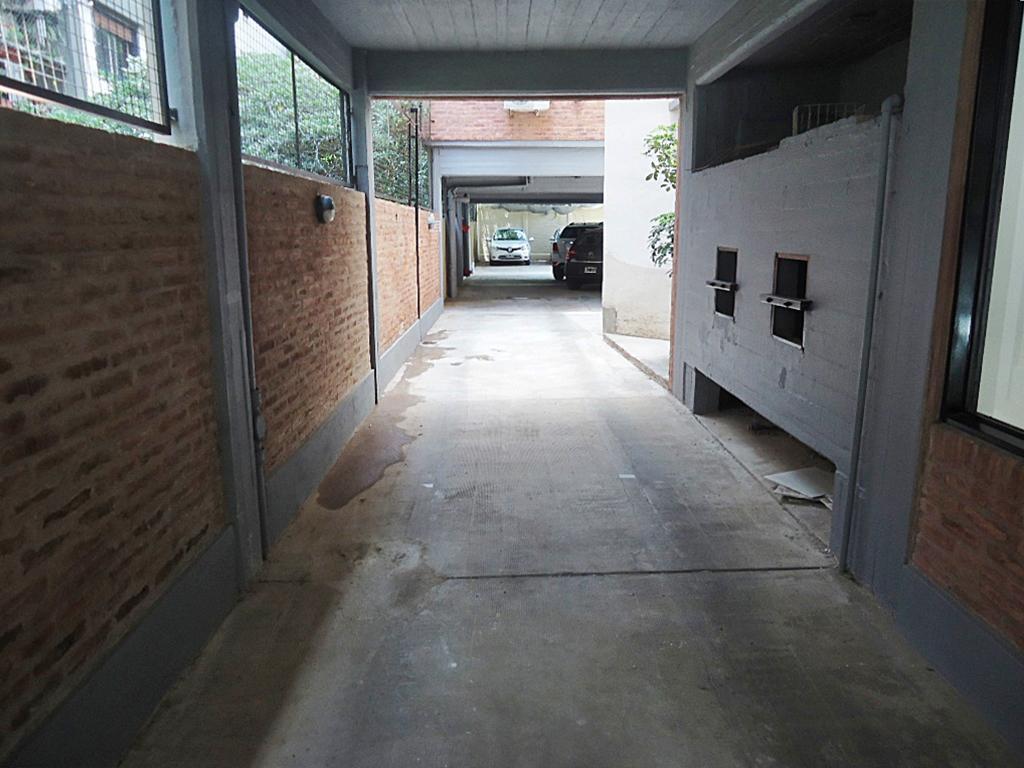 Foto Departamento en Venta en  V.Lopez-Vias/Maipu,  Barrio Vicente López  Valentín Vergara al 800