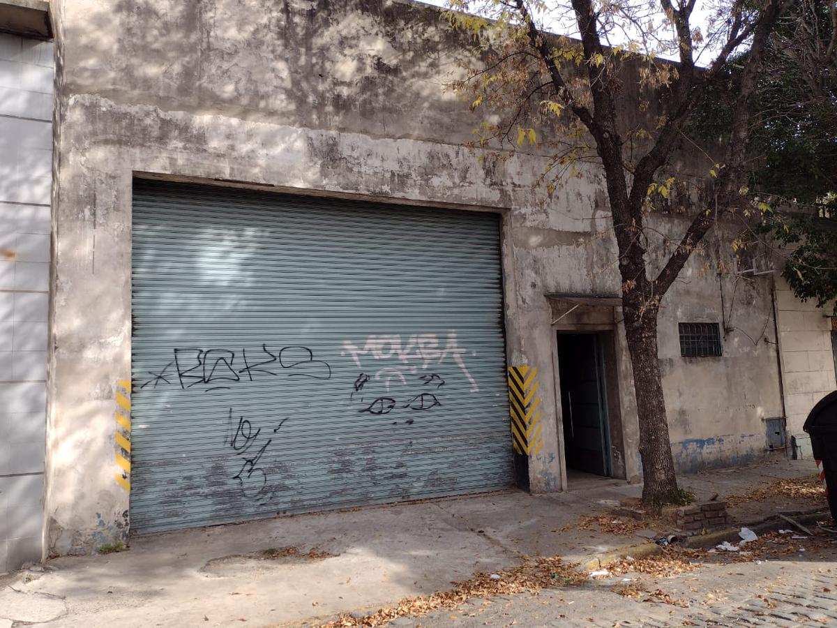 Foto Galpón en Alquiler en  Barracas ,  Capital Federal  Perdriel al 1500
