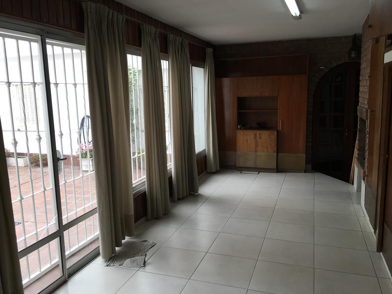Foto Casa en Venta en  Parque Velez Sarsfield,  Cordoba Capital  Miguel A. Corro al 2300