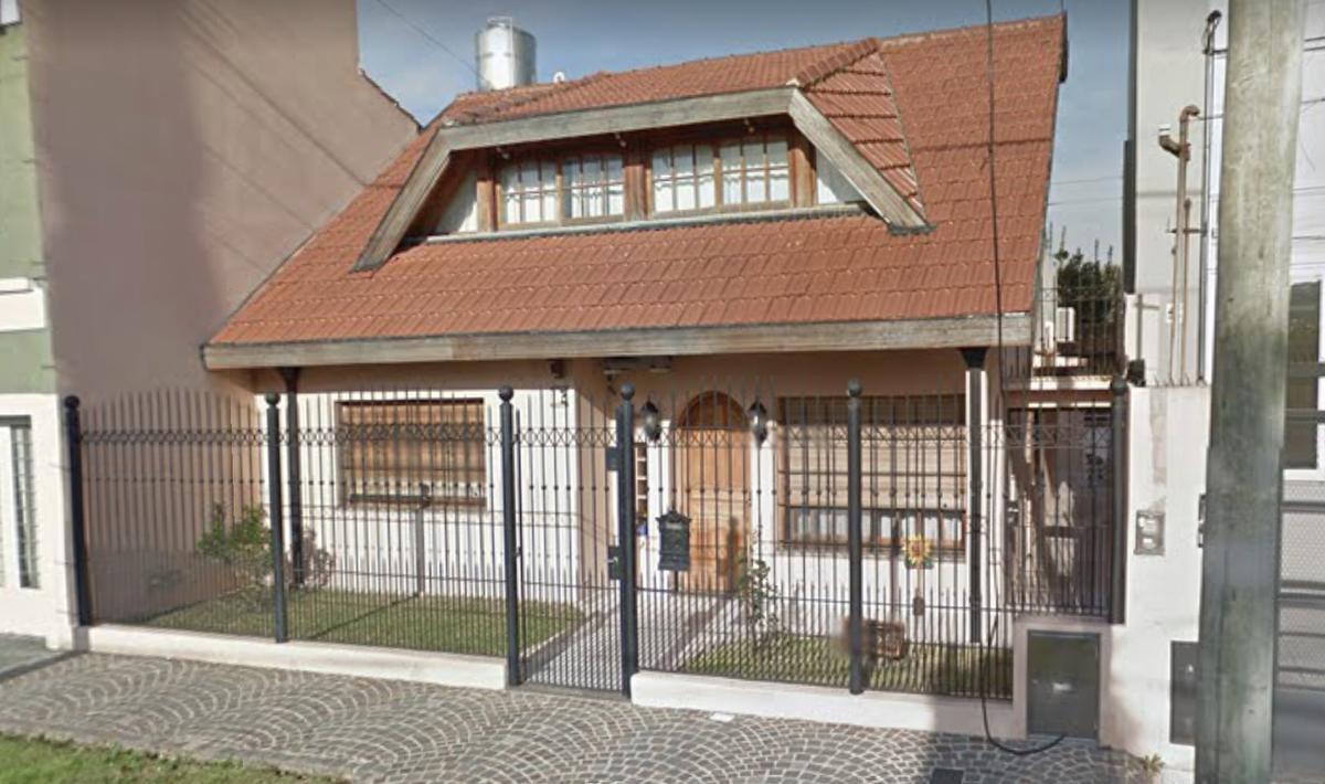 Foto Casa en Alquiler en  Ramos Mejia,  La Matanza  Constitucion al 1400