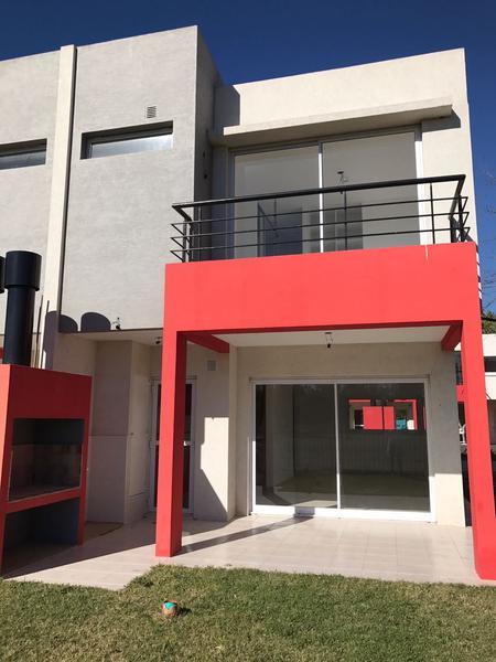 Foto Departamento en Venta en  Canning,  Ezeiza  Venta - Dúplex en Casa del Bosque