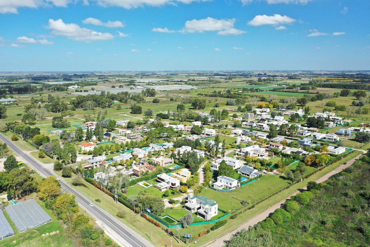 Foto Terreno en Venta en  Fincas de Duggan,  Countries/B.Cerrado (La Plata)  Venta Lote en Barrio Cerrado Fincas de Duggan