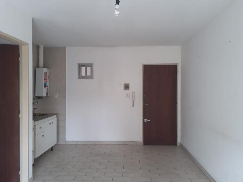 Foto Departamento en Alquiler en  Rosario,  Rosario  Veramujia 650 1 Piso por escalera