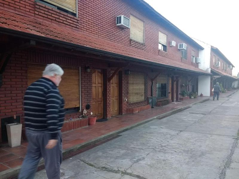 Foto PH en Venta en  Castelar Norte,  Castelar  Lobos al 1700