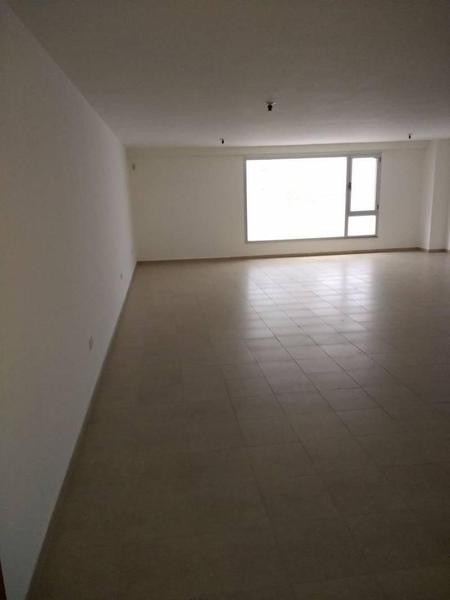 Foto Oficina en Alquiler    en  Centro ,  Capital Federal  Tucuman 800