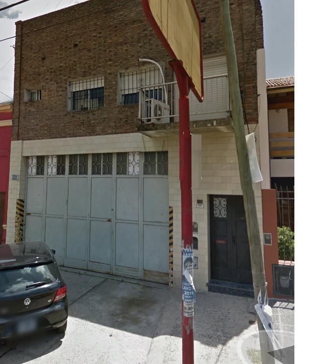 Foto Local en Alquiler en  Remedios De Escalada,  Lanús  AZOPARDO 68