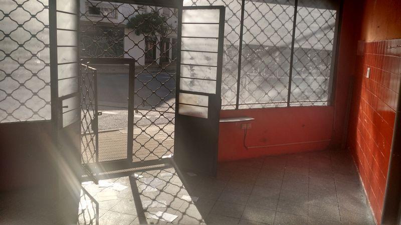 Foto Local en Venta en  Coghlan ,  Capital Federal  Ibera al 3200