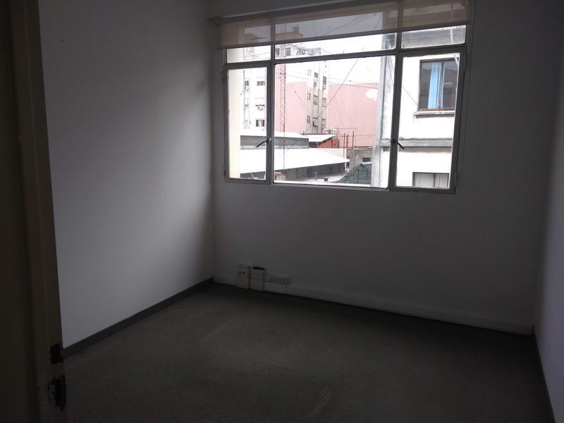 Foto Oficina en Alquiler en  Capital Federal ,  Capital Federal          Salta al 188, 3° Piso, esq. Adolfo Alsina