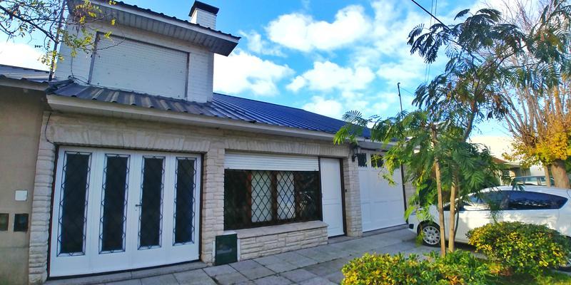 Foto Casa en Venta en  P.Luro,  Mar Del Plata  Rejon al 5100