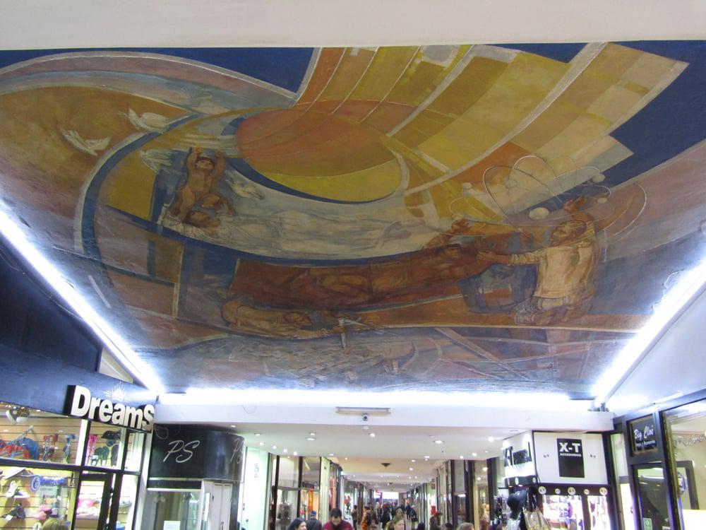 Foto Local en Venta   Alquiler en  Caballito ,  Capital Federal  AV. RIVADAVIA Y AV. ACOYTE - GALERÍA PARÍS