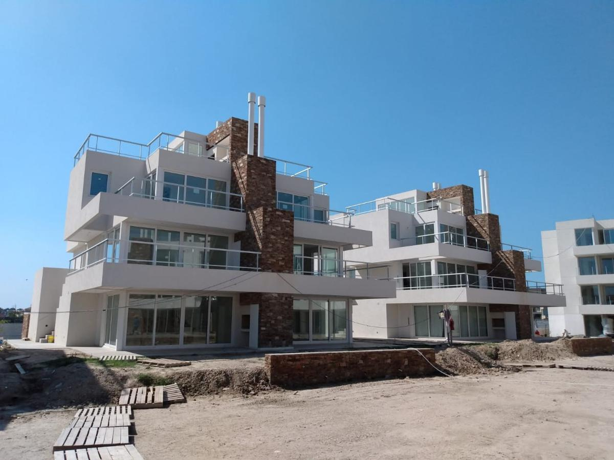 Foto Departamento en Venta en  La Balconada,  Los Castaños  La Balconada 1780