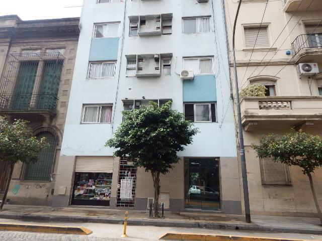 Foto Departamento en Alquiler en  Barracas ,  Capital Federal  Uspallata y Av. Montes de Oca