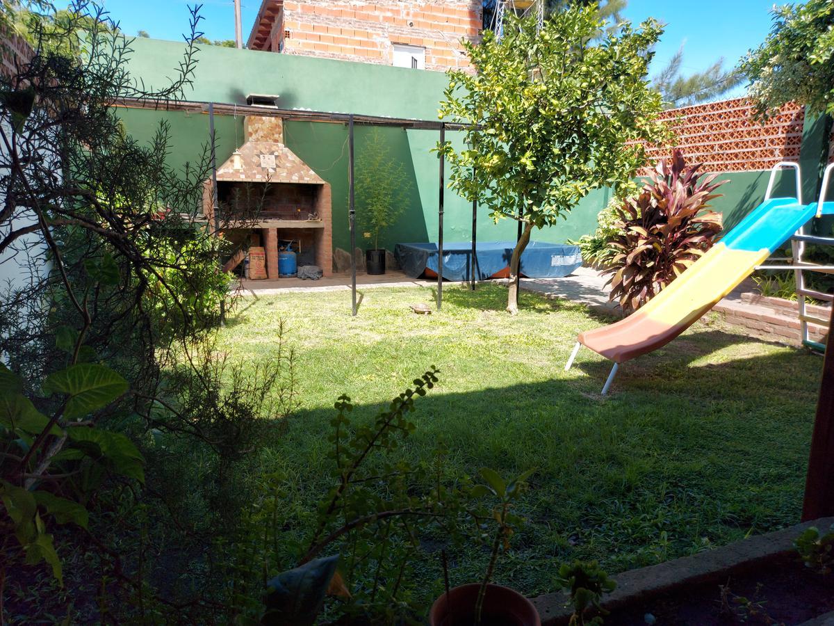 Foto Casa en Venta en  Tiro Suizo,  Rosario  Pje Patria  al 1900