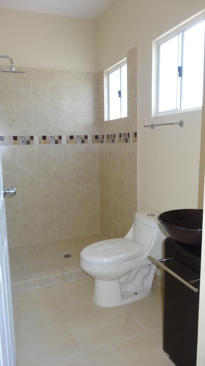 Foto Casa en condominio en Venta en  Ojo de Agua,  Tecámac          Privada Chiavari