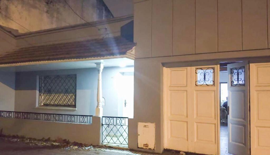 Foto Casa en Venta en  Mar Del Plata ,  Costa Atlantica  En venta casa 5 ambientes sobre lote propio