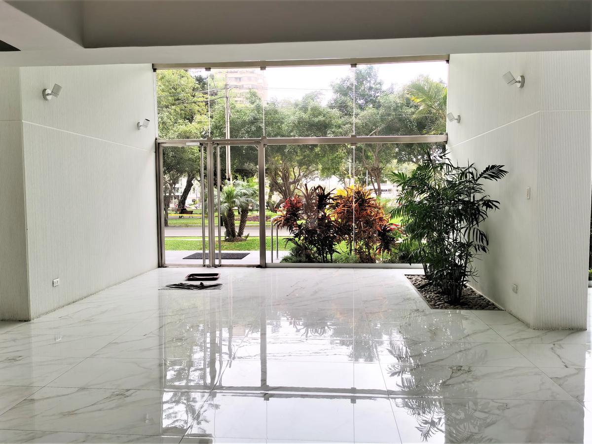 Foto Departamento en Alquiler | Venta en  San Isidro,  Lima  Calle Los Eucaliptos 355, San Isidro