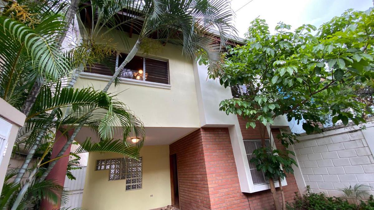 Foto Departamento en Renta en  Castaños Sur,  Tegucigalpa  Seguro Townhouse en Circuito Cerrado, Castaños Sur