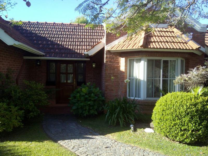 Foto Casa en Alquiler | Alquiler temporario en  Esteban Echeverria ,  G.B.A. Zona Sur  campos de echeeverria