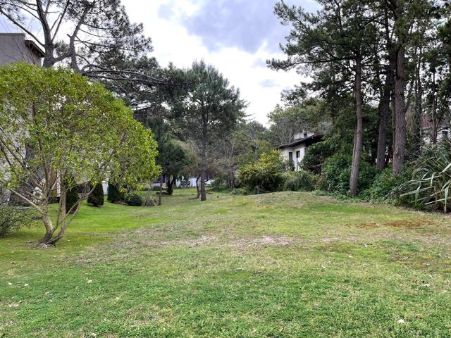 Foto Terreno en Venta en  Mar De Las Pampas,  Villa Gesell  SOBRAL Y ALFONSINA STORNI