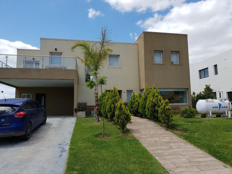 Foto Casa en Venta en  Vistas,  Puertos del Lago  Vistas 86, Puertos Del Lago - Escobar