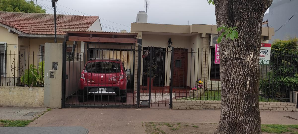 Foto Casa en Venta en  Jose Marmol,  Almirante Brown  25 DE MAYO 771, entre Bynnon y Nother