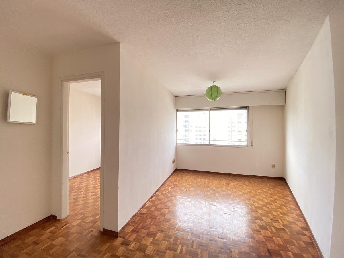 Foto Apartamento en Alquiler en  Pocitos ,  Montevideo  Camino de los Hormigueros al 3200